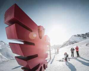 Val d'isere Ski Resort Statue